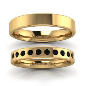 Klasyczna kolekcja - Komplet obrączek ślubnych z żółtego złota z czarnymi diamentami 0,18 ct, 3mm, 4mm