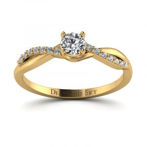 Delikatny blask - Pierścionek zaręczynowy z żółtego złota z diamentami